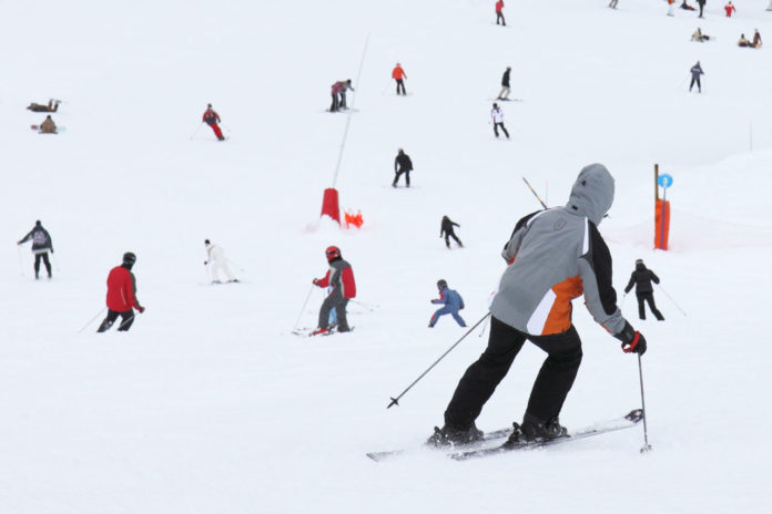 Schlechter Skifahrer, Mogasi
