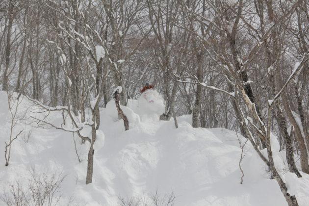 Skifahren in Japan, Skiurlaub in Japan, Pillow, Tiefschnee, Sprung, Mogasi
