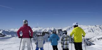 Stubaier Gletscher, Familie, Skiurlaub ist zu billig, Mogasi
