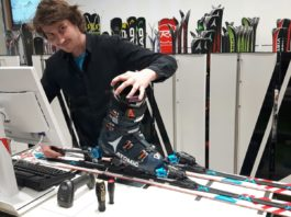 Christian Pfeifer answers frequently asked question in the ski shop