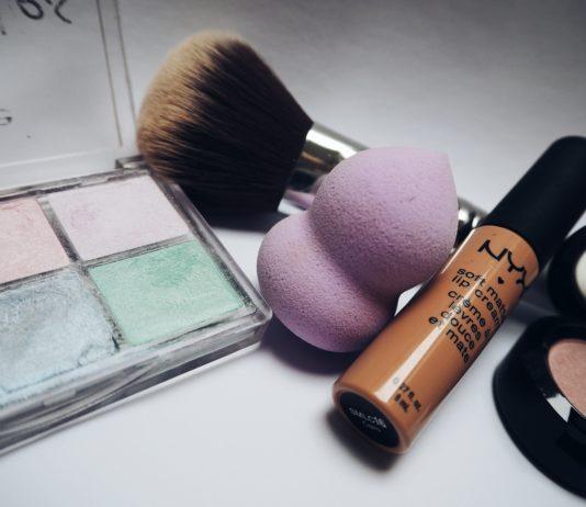 Make-Up for a Ski Day