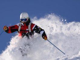 Staatliche ski instructor trainer under the aegis of Rudi Lapper, mogasi