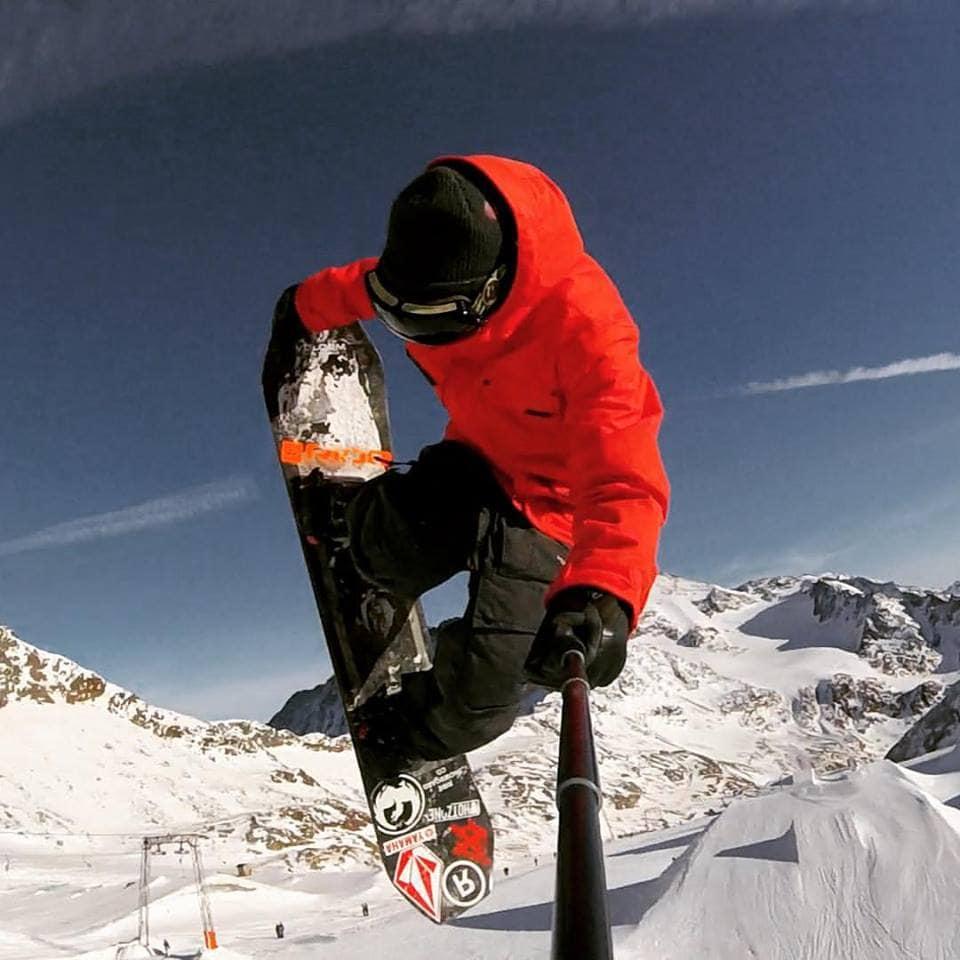 Snowboard Grab
