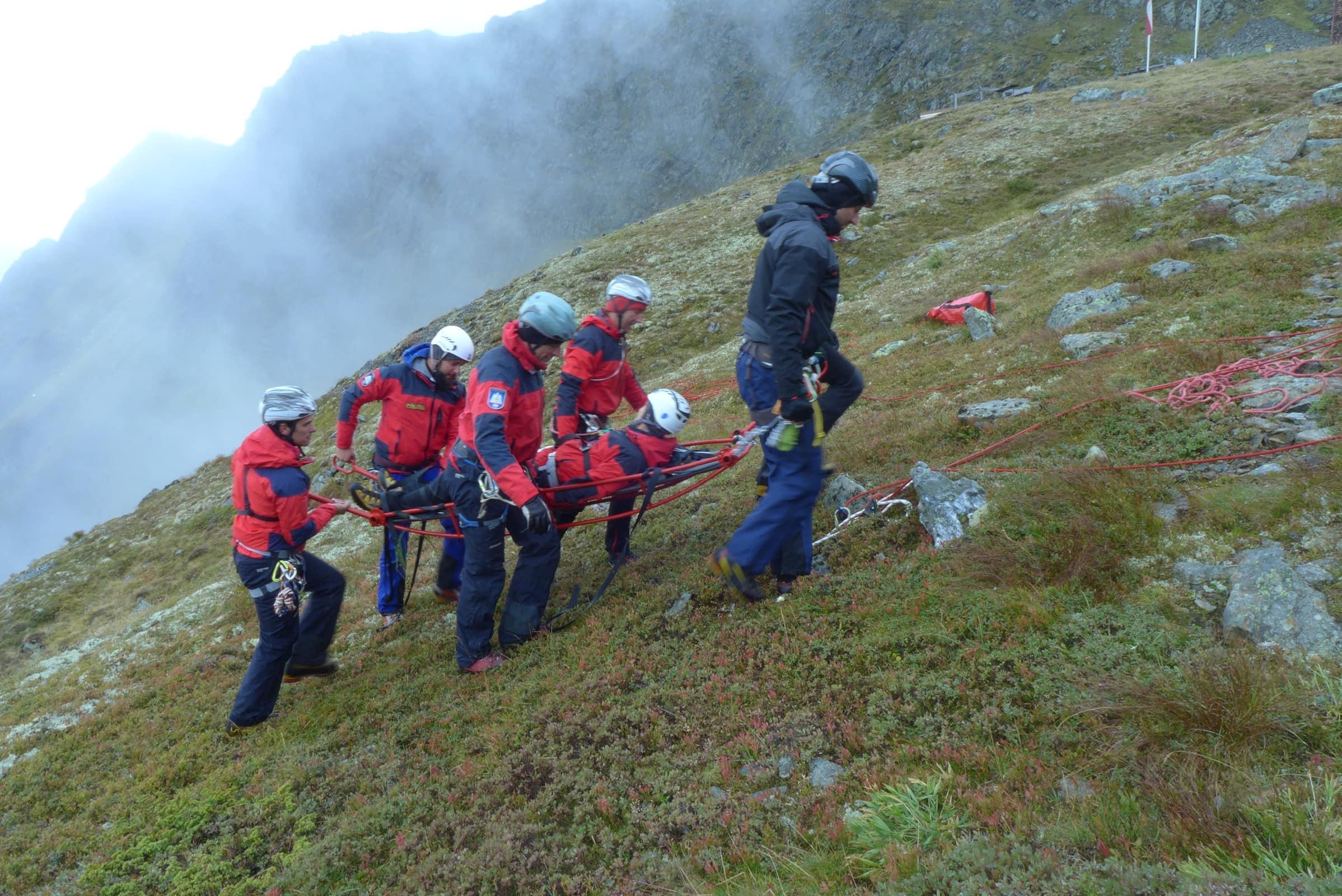 Verletztenbergung, Unterstützung der Bergrettung