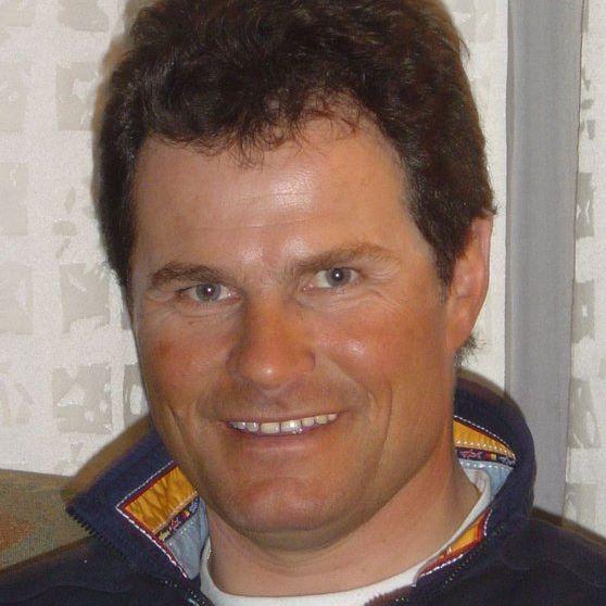 Herbert Mandl, Mogasi