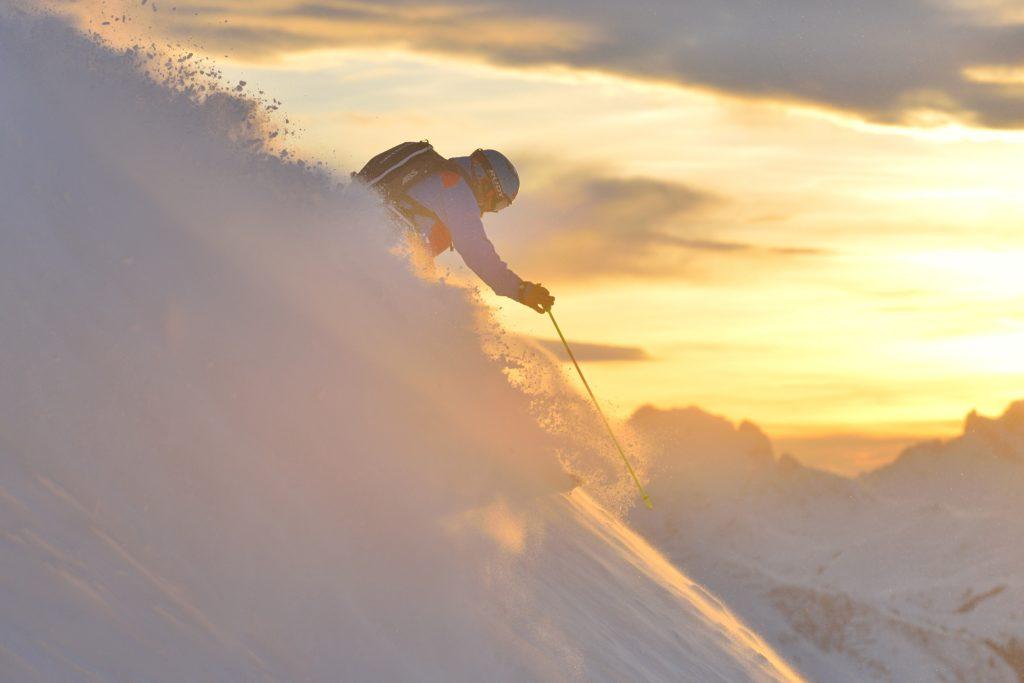 Arlberg Freeride, Mogasi