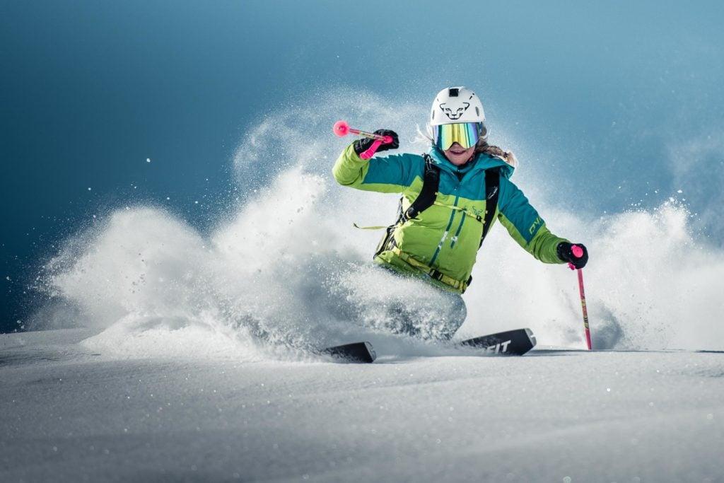 Artivicial Skiing