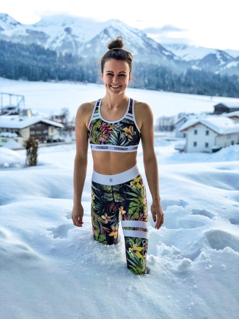 Hannah Köck, Winter, Mogasi
